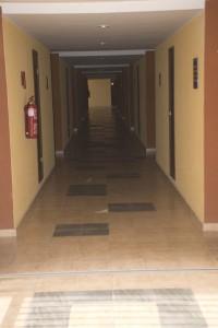 Iberostar Laguna azul wartorn hallway